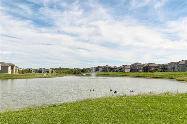 2237 Foxtail Drive Property Photo - Kearney, MO real estate listing