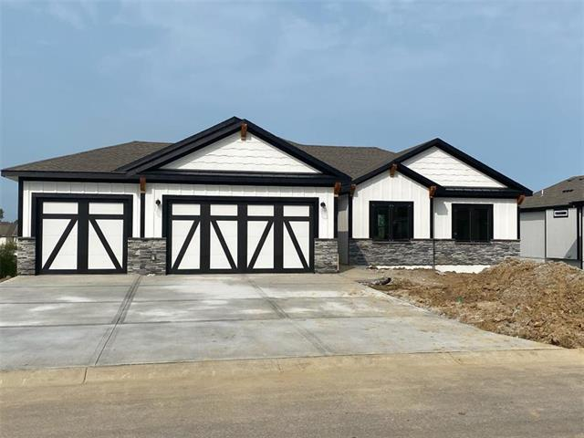 4608 NW 142nd Street Property Photo - Platte City, MO real estate listing
