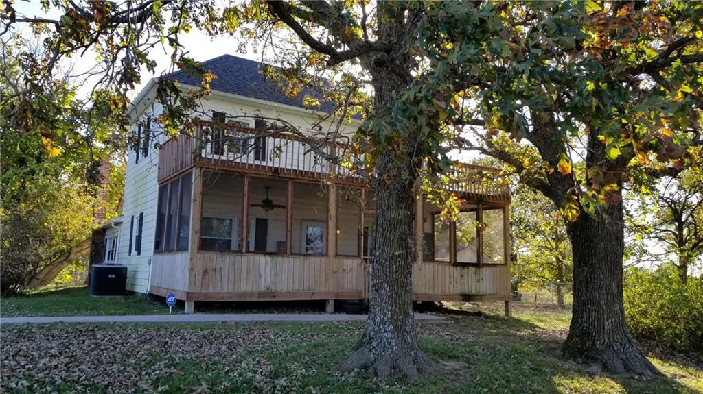 495 NW M Highway Property Photo - Centerview, MO real estate listing