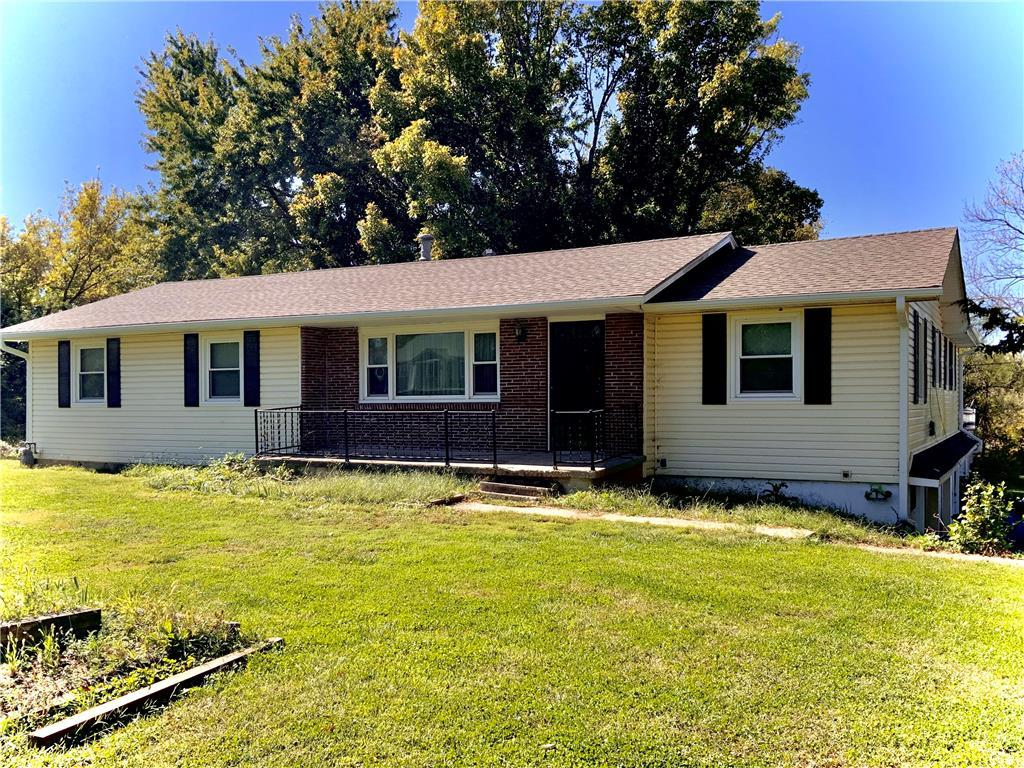 1000 S LEXINGTON Street Property Photo - Holden, MO real estate listing