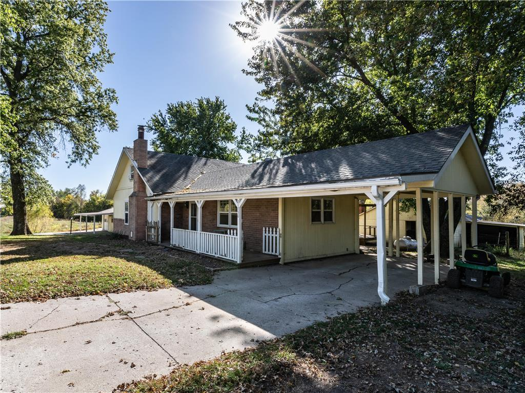 21750 Oil Well Road Property Photo - Dearborn, MO real estate listing