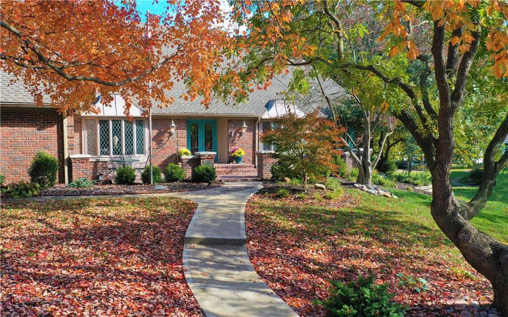 8419 Ensley Place Property Photo - Leawood, KS real estate listing