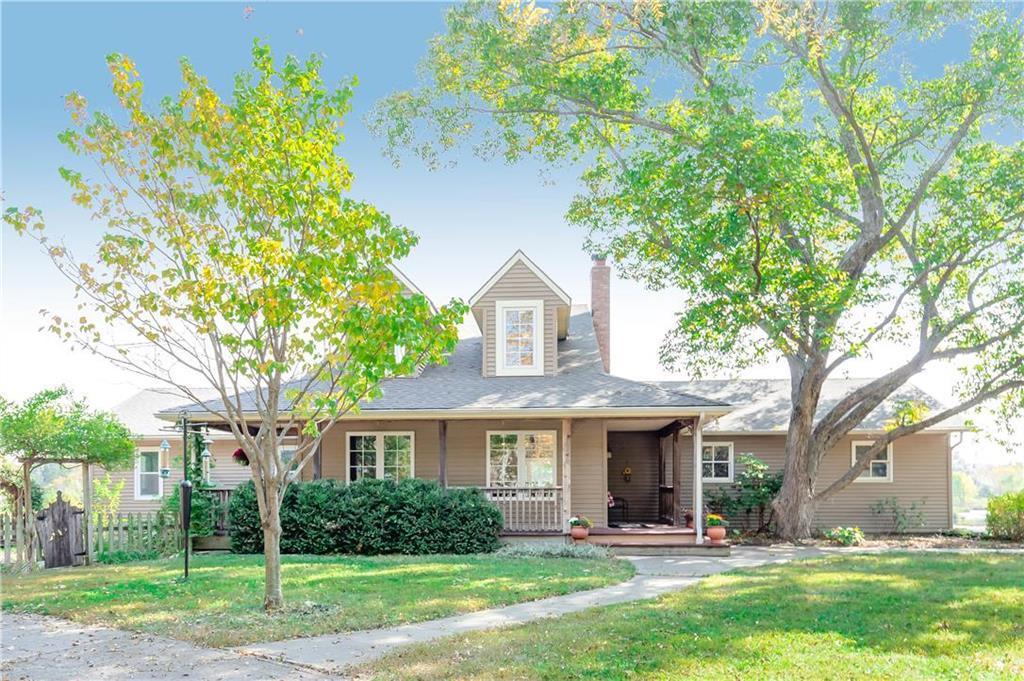 428 E 2100th Road Property Photo - Baldwin City, KS real estate listing