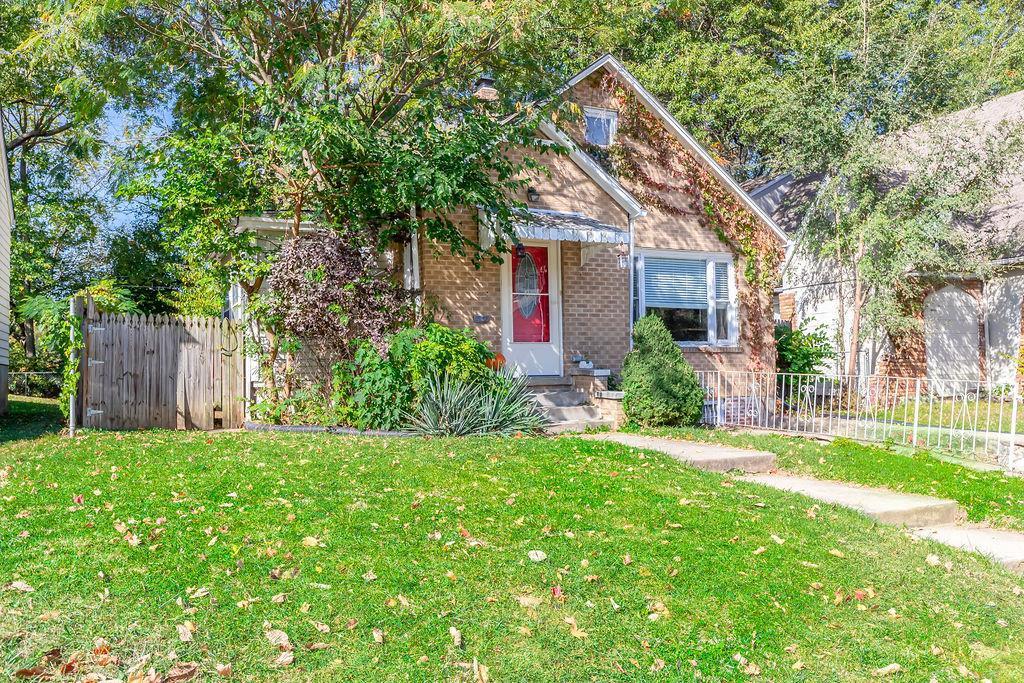 7326 Tracy Avenue Property Photo