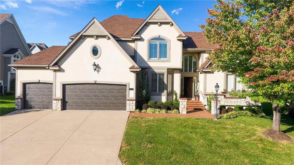 Deer Creek Villas Real Estate Listings Main Image