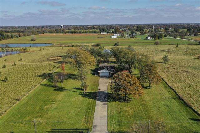 29005 S East Outer Road Property Photo - Harrisonville, MO real estate listing