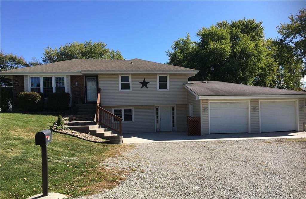 717 S Davis Street Property Photo - Hamilton, MO real estate listing