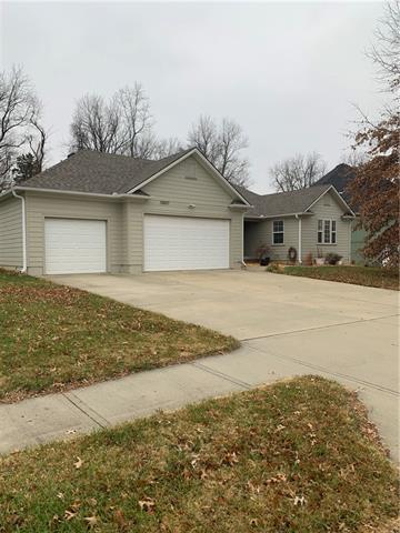 13507 E 54 Terrace Property Photo - Kansas City, MO real estate listing