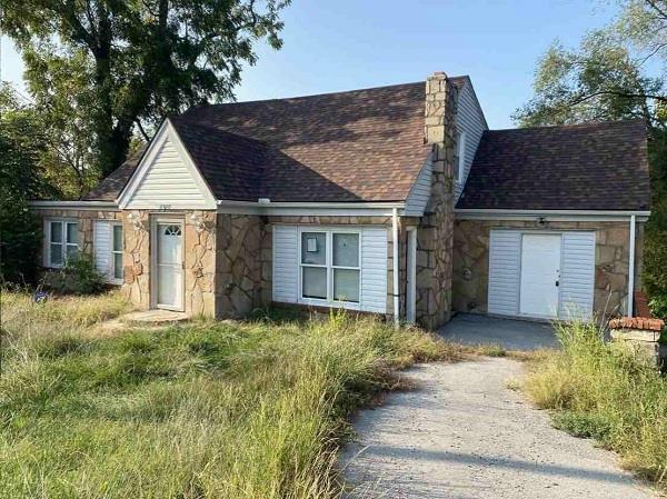 6920 E 55th Street Property Photo