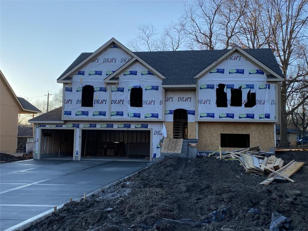8816 W Longview Parkway Property Photo - Kansas City, MO real estate listing
