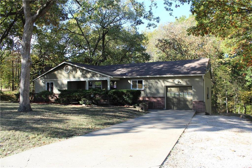 7724 N McGee Street Property Photo - Kansas City, MO real estate listing
