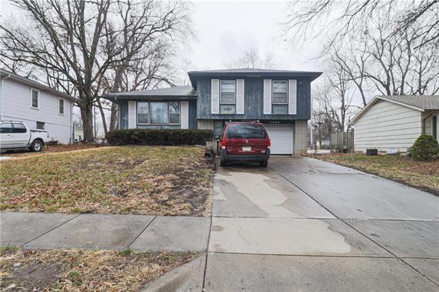 7900 E 91st Terrace Property Photo