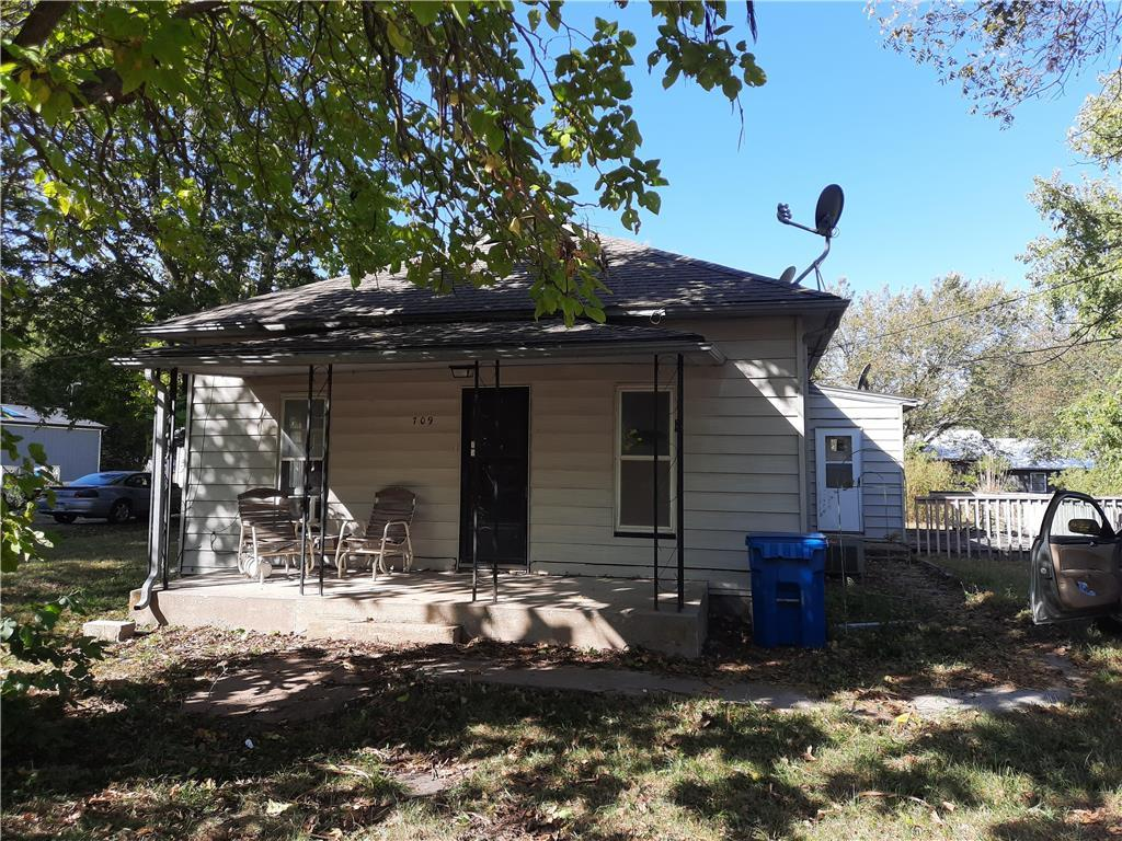 709 Fisher Street Property Photo - Waverly, KS real estate listing