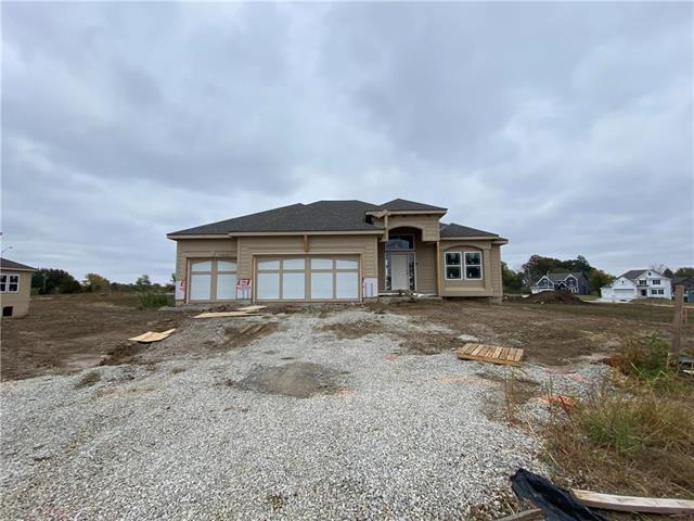 9815 N Denton Avenue Property Photo - Kansas City, MO real estate listing