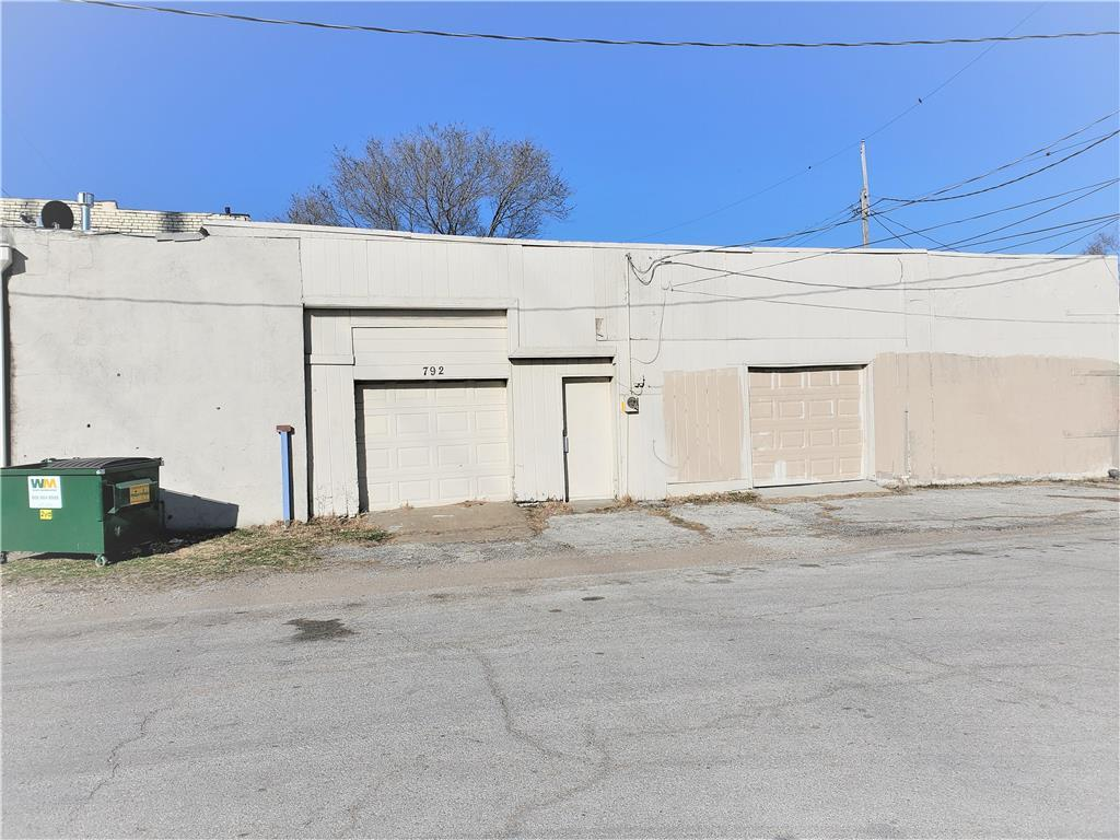 792 S 11th Street Property Photo - Kansas City, KS real estate listing