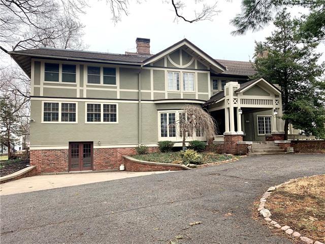 3018 Ashland Avenue Property Photo 1