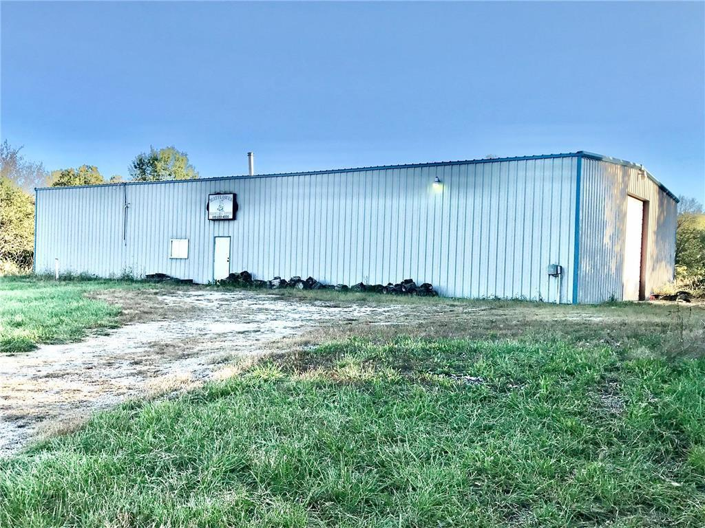 966 NW 50 Highway Property Photo - Centerview, MO real estate listing