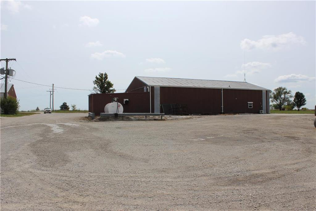 36450 Frontage Road Property Photo 4
