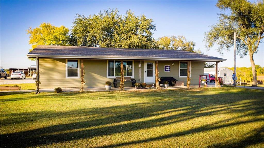 325 Ellis Terrace Property Photo - Williamsburg, KS real estate listing