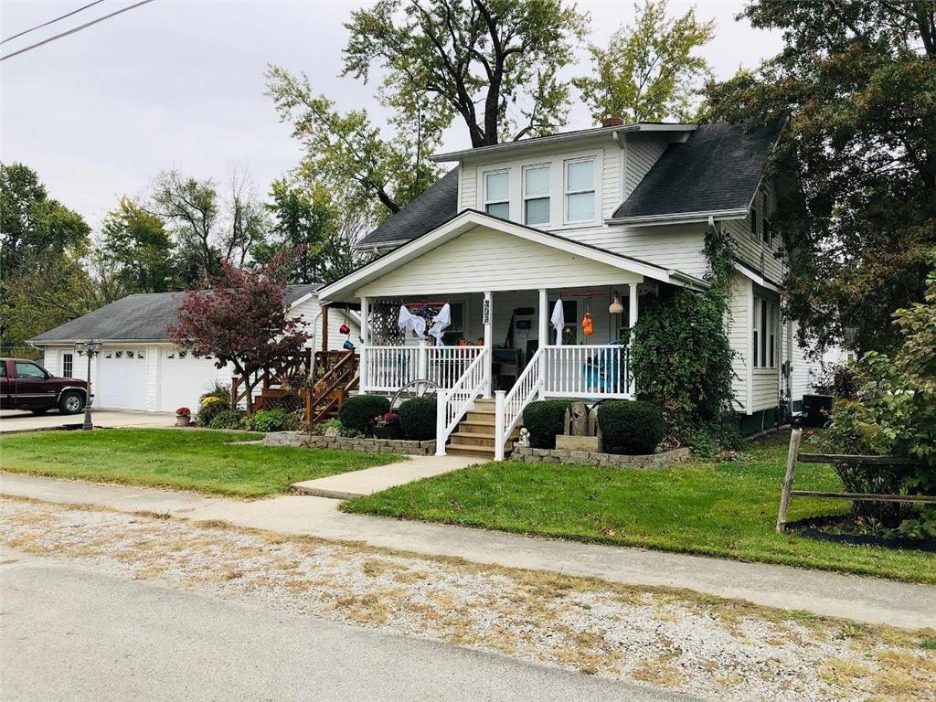 702 E 4th Street Property Photo - Trenton, MO real estate listing