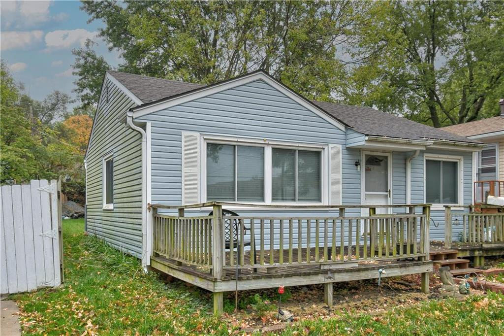 427 N Crysler Avenue Property Photo