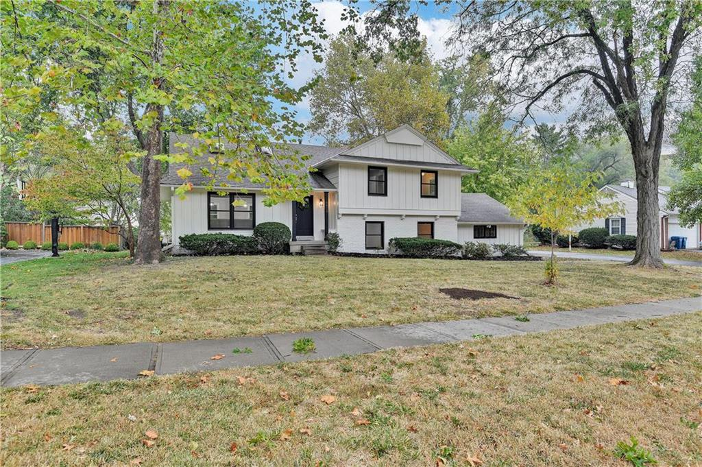 4412 W 83rd Street Property Photo - Prairie Village, KS real estate listing