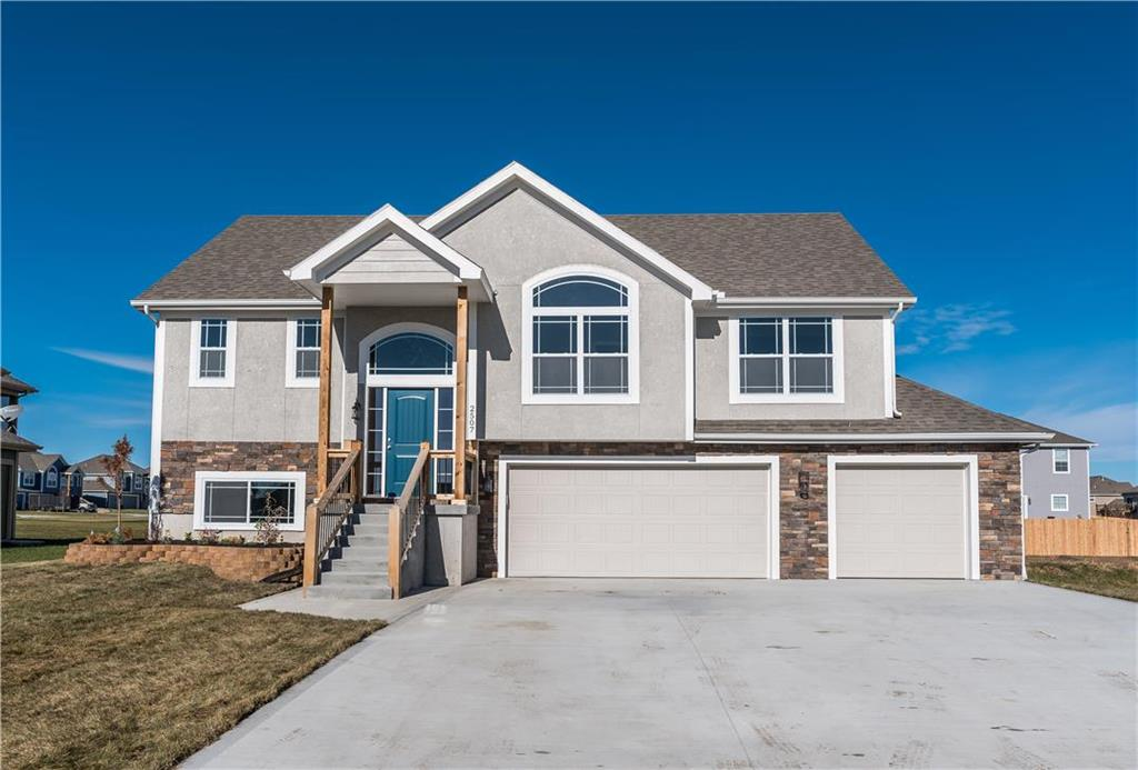 1903 N 162nd Terrace Property Photo - Basehor, KS real estate listing