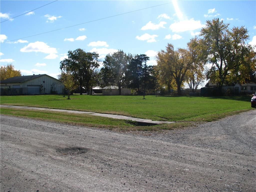 Dorman Avenue Property Photo - Fontana, KS real estate listing