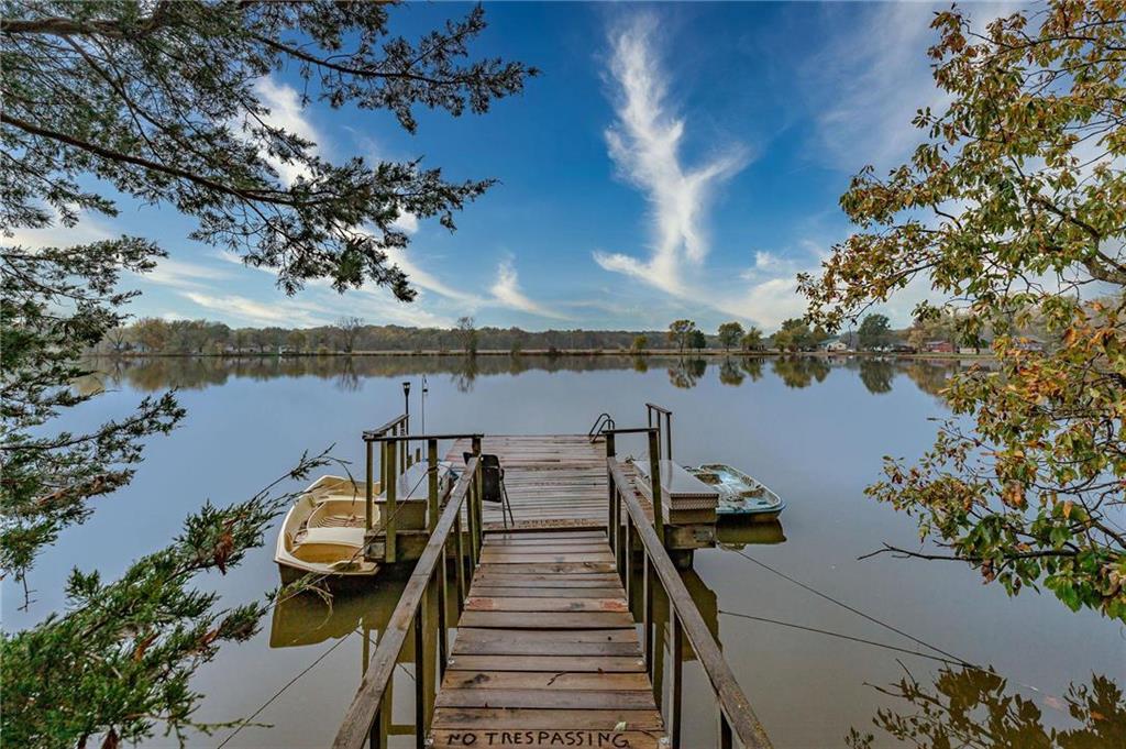 25707 S Lake View Drive Property Photo - Freeman, MO real estate listing