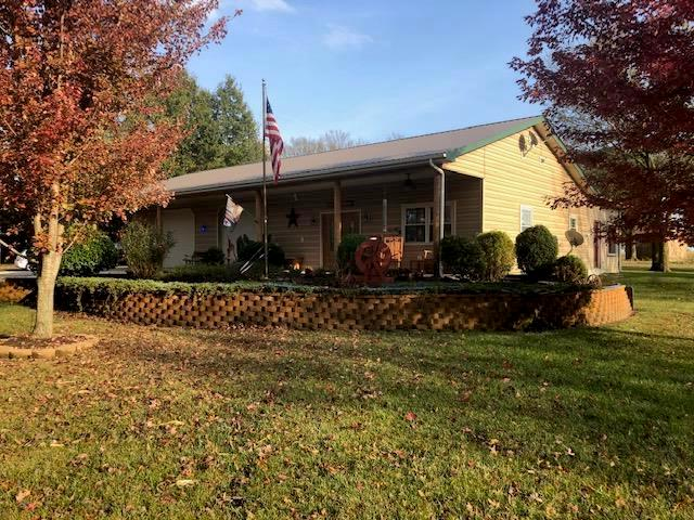 13686 S 1575 Road Property Photo - Nevada, MO real estate listing