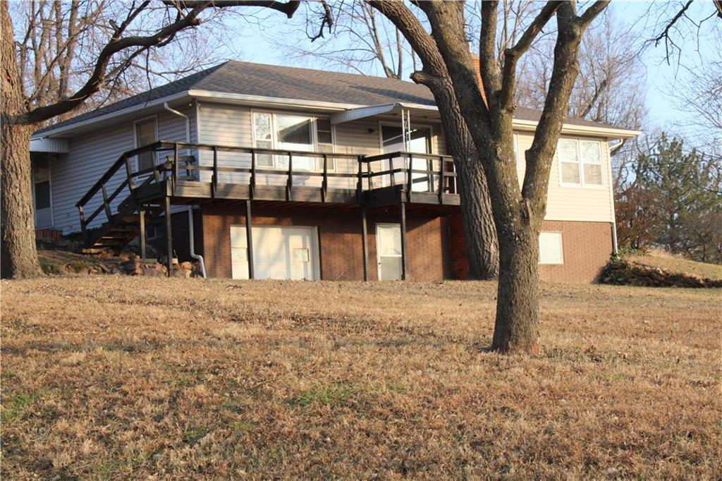 110 E Davis Street Property Photo - Mound City, MO real estate listing