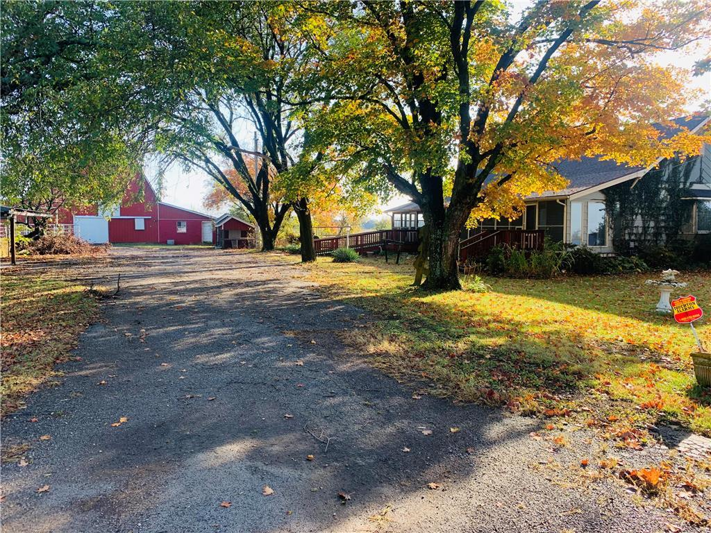 2242 Jayhawk Road Property Photo - Fort Scott, KS real estate listing