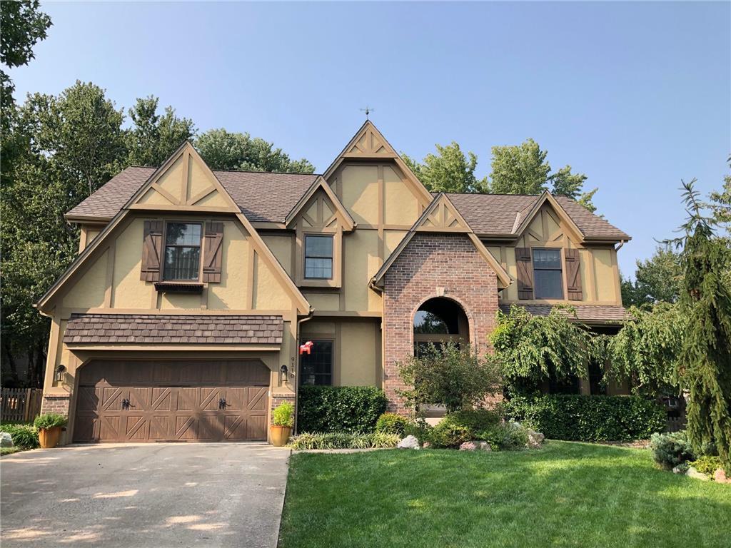 9110 W 131st Place Property Photo - Overland Park, KS real estate listing