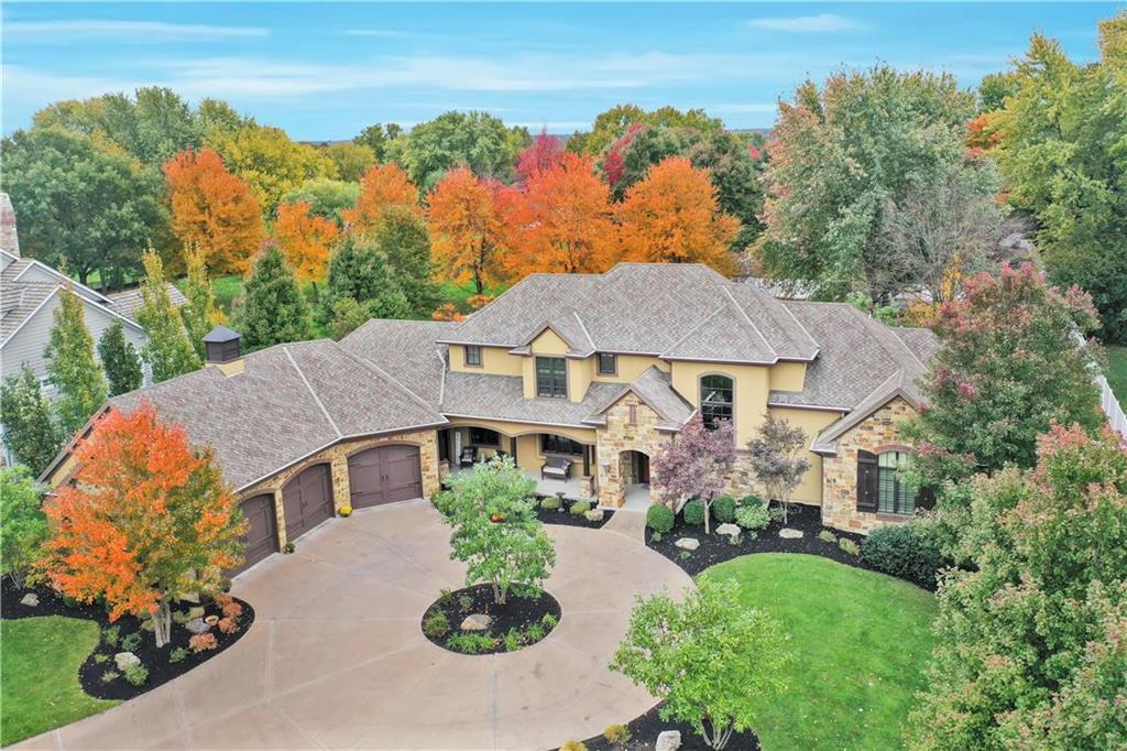 3905 W 140th Drive Property Photo - Leawood, KS real estate listing