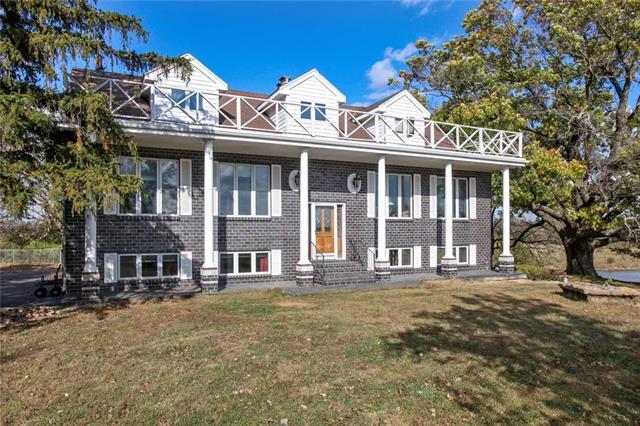 4608 E 205th Street Property Photo