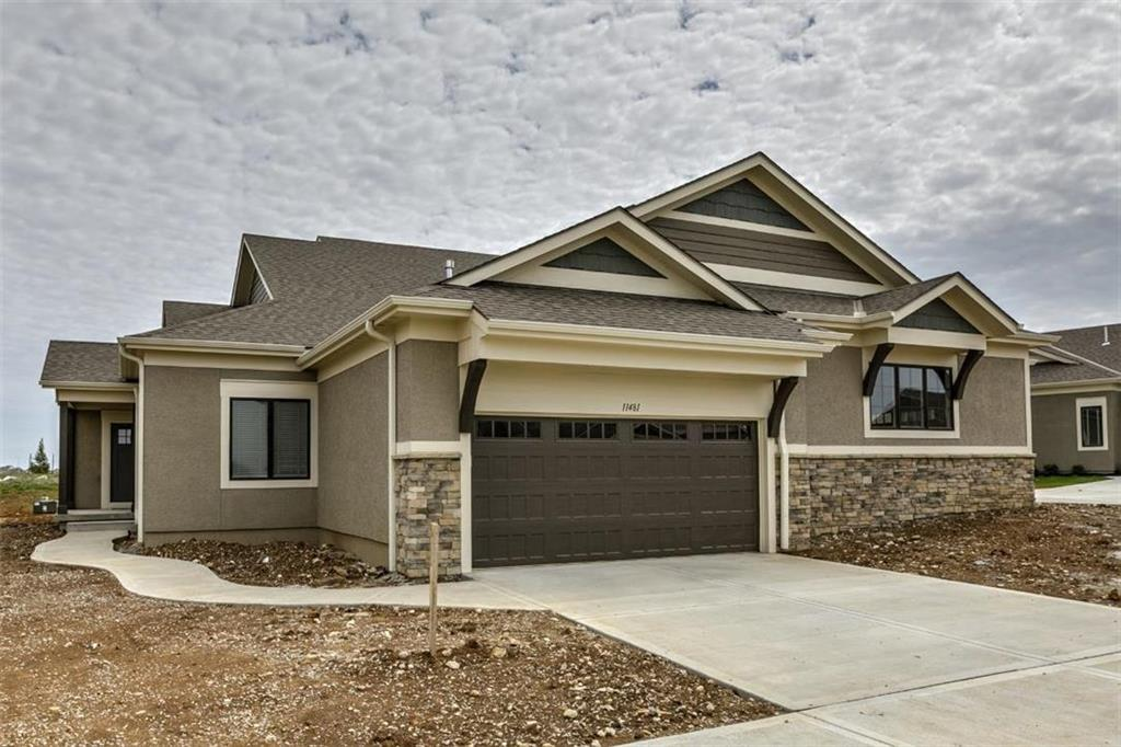 11461 S Waterford Drive Property Photo - Olathe, KS real estate listing