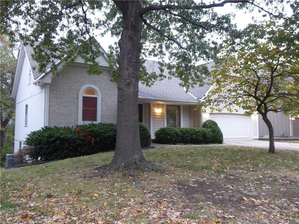 15608 W 81st Street Property Photo - Lenexa, KS real estate listing