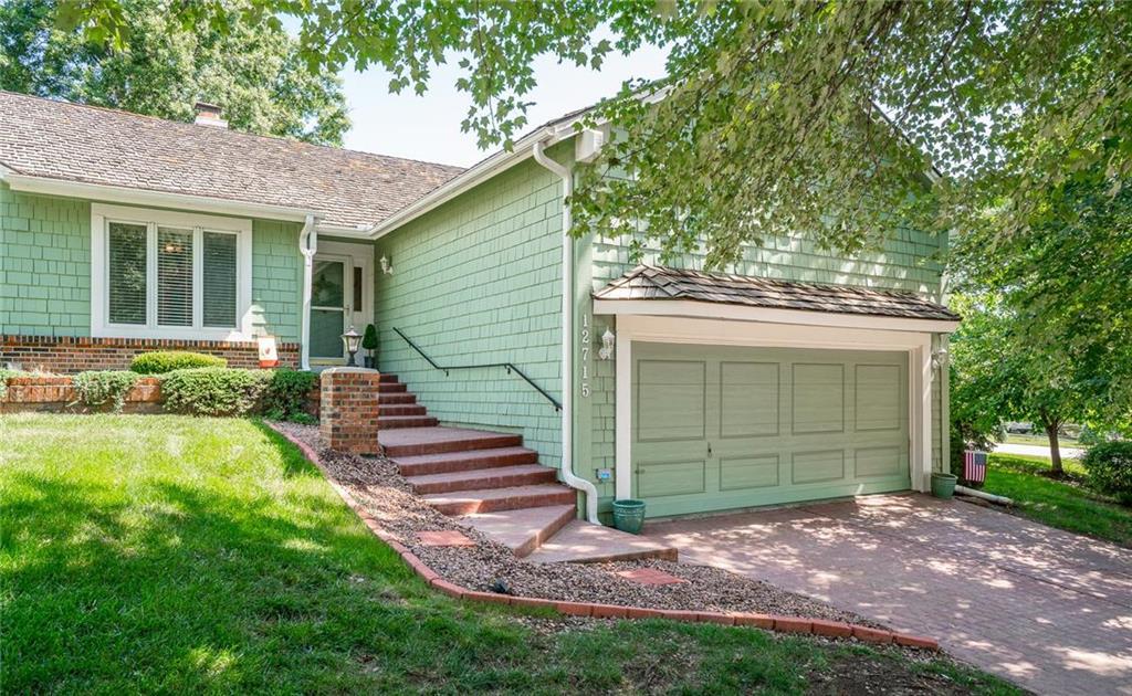 12715 Baltimore Court Property Photo - Kansas City, MO real estate listing