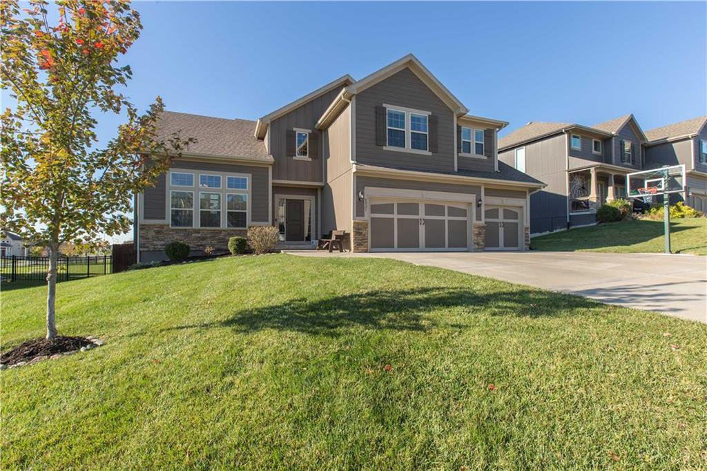 8021 NE 100th Street Property Photo - Kansas City, MO real estate listing