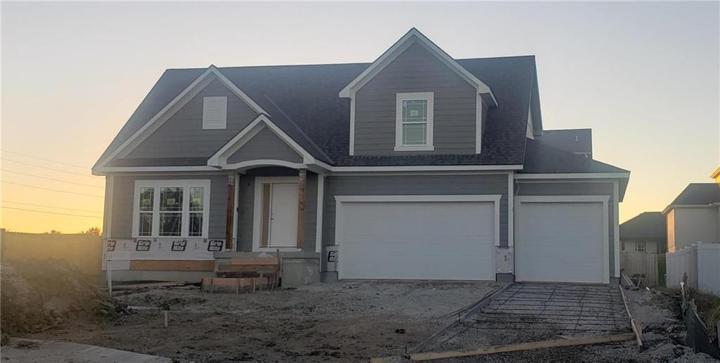1802 NW Madi Court Property Photo - Grain Valley, MO real estate listing