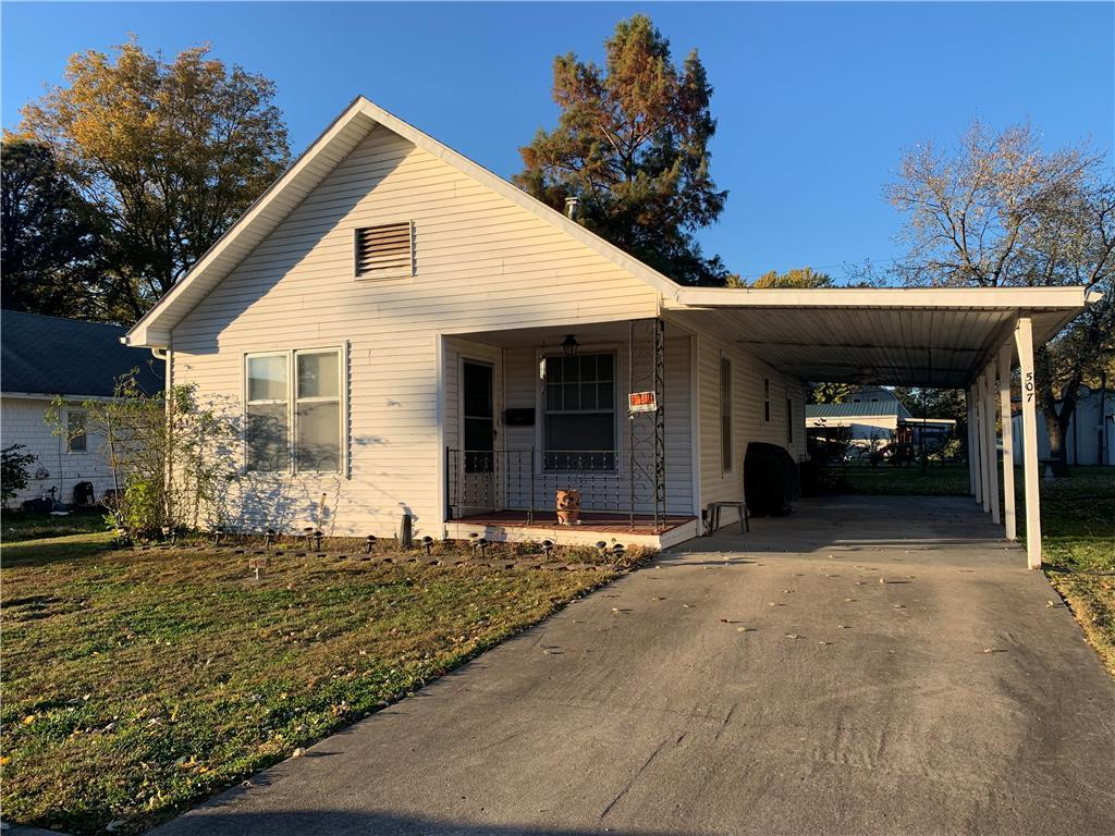 507 E 3rd Street Property Photo - Norborne, MO real estate listing