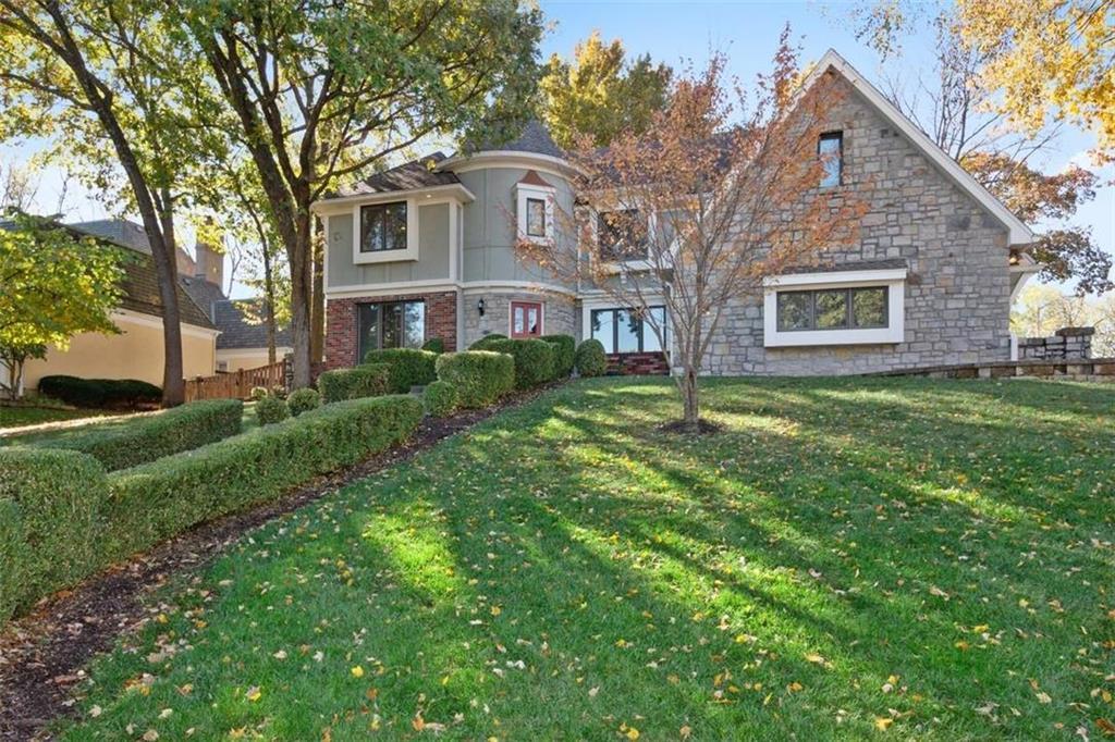 12316 Catalina Street Property Photo