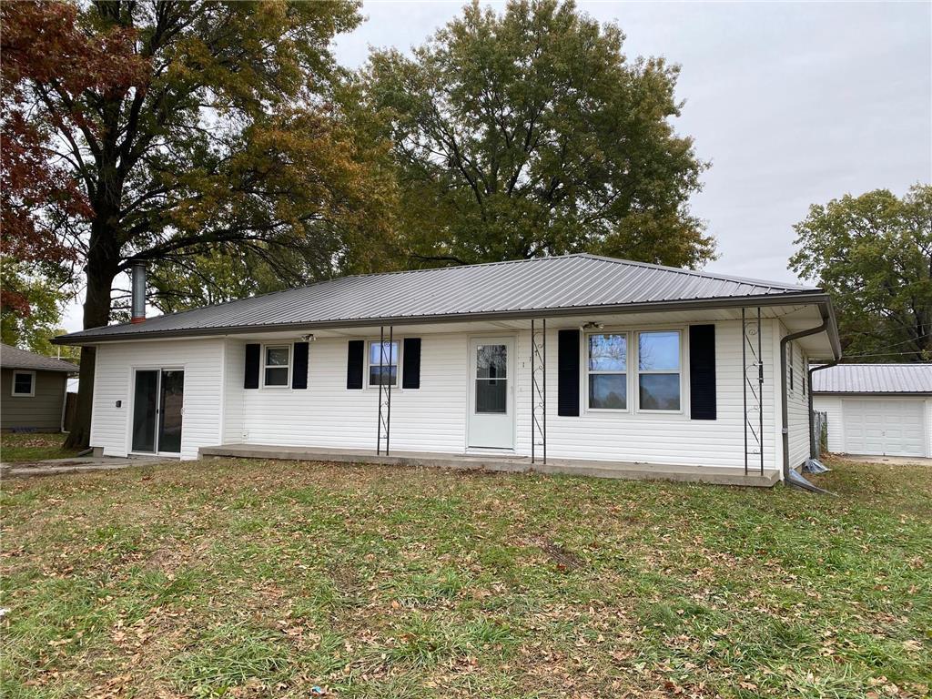 117 Kent Street Property Photo - Orrick, MO real estate listing