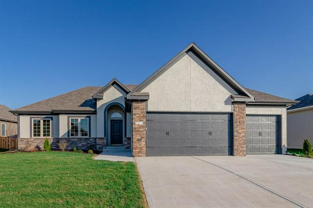 7909 SW 2nd Terrace Property Photo - Blue Springs, MO real estate listing