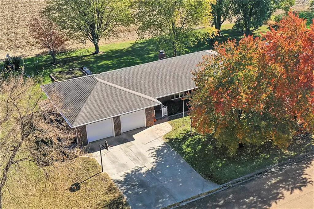 1205 S Maple Street Property Photo - Concordia, MO real estate listing