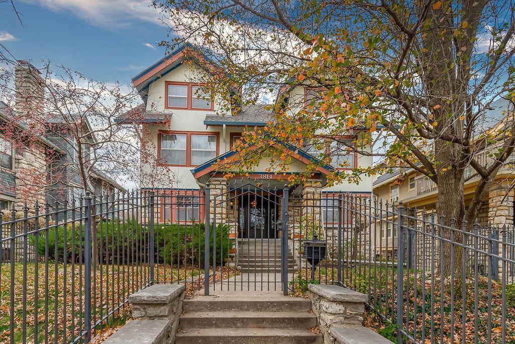 3814 Harrison Boulevard Property Photo - Kansas City, MO real estate listing
