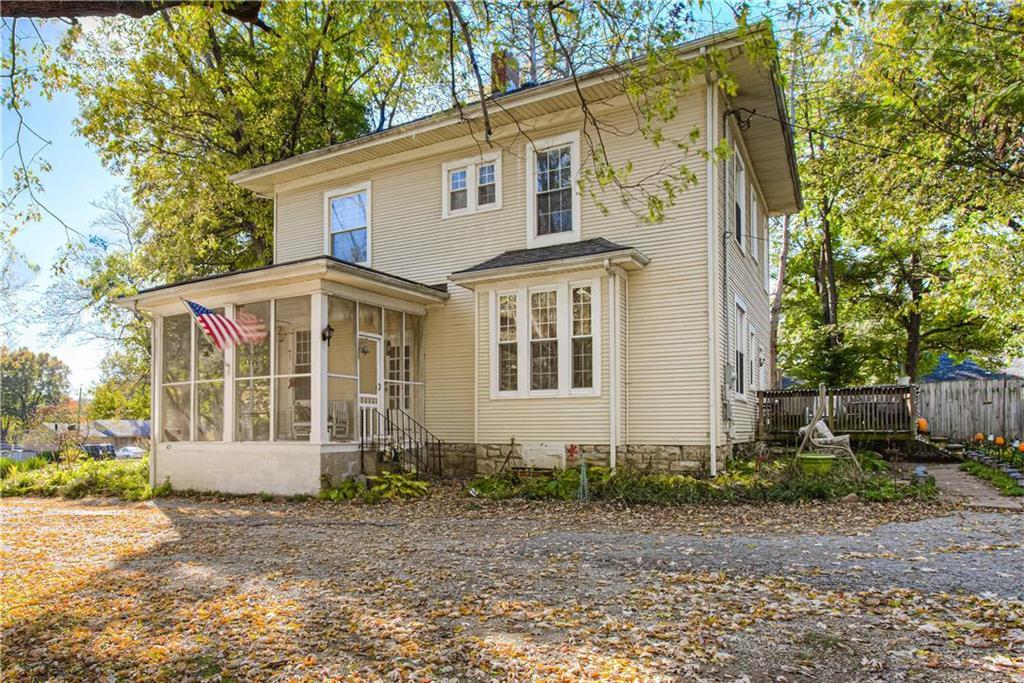 6600 W 74th Street Property Photo - Overland Park, KS real estate listing