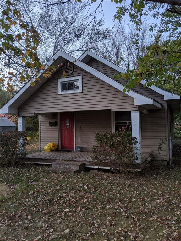 303 W Joe Davis Street Property Photo - El Dorado Springs, MO real estate listing