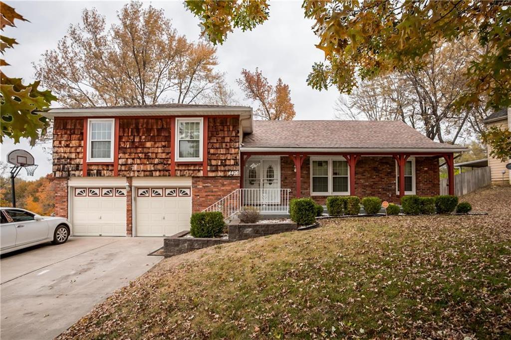 4406 E 107TH Street Property Photo - Kansas City, MO real estate listing