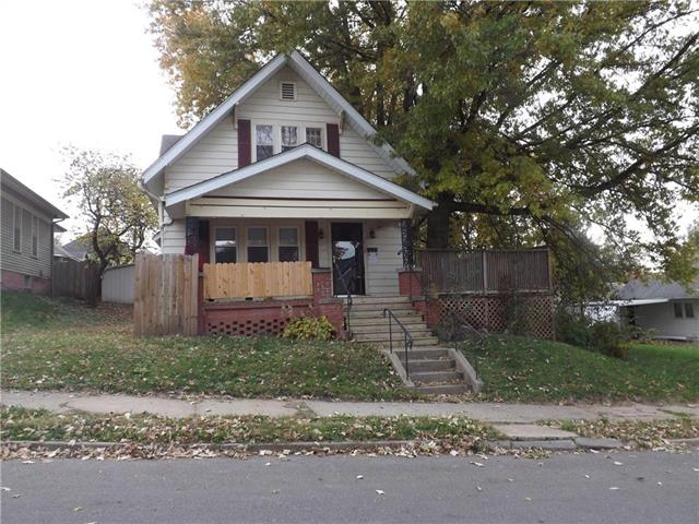 2822 Charles Street Property Photo - St Joseph, MO real estate listing